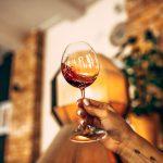 czerwone włoskie wino - restauracja pół na pół