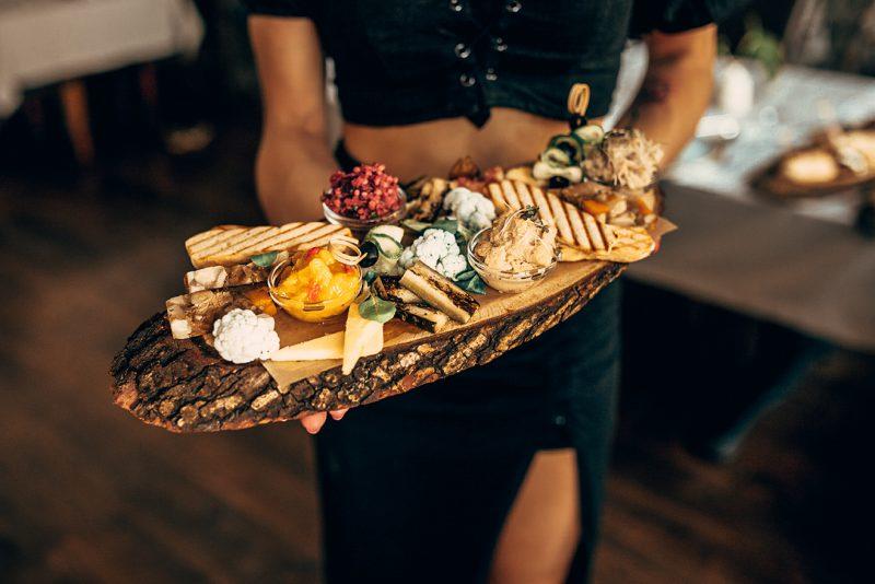 wegańskie tapasy - restauracja pół na pół